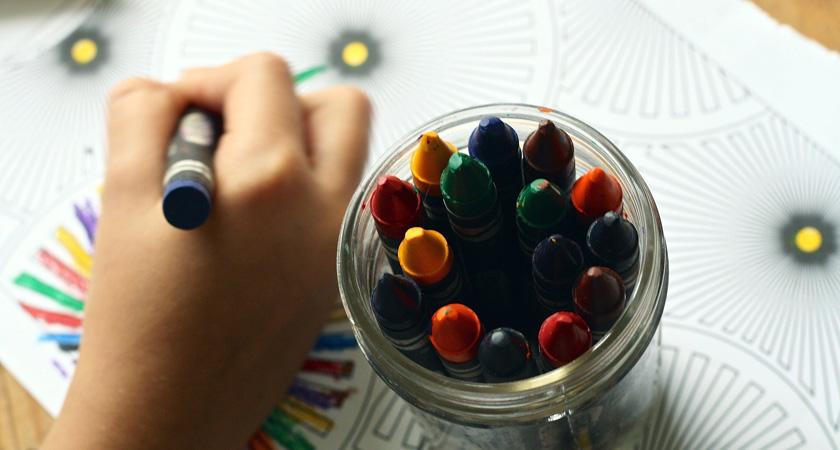 kind tekent
